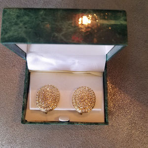 SUZANNE SOMERS clip-on CZ earrings